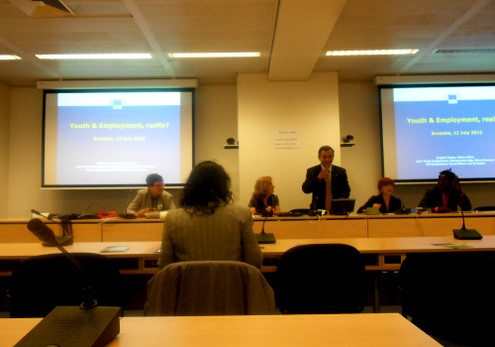 """Union of European Federalists (UEF): A Debate - """"Youth and"""